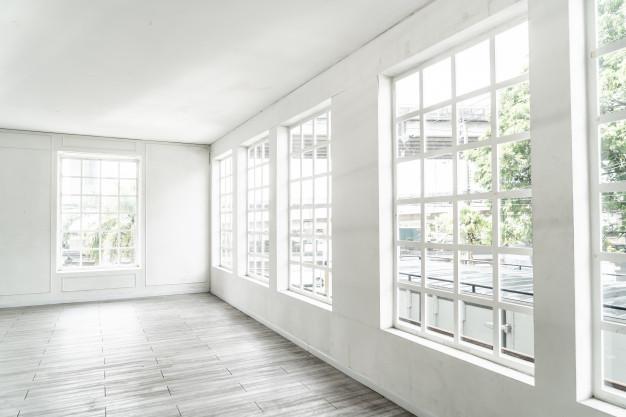habitacion-vacia-ventana-vidrio_1339-43218.jpg